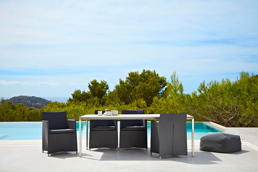 Timeless and trendy outdoor chairs with highback
