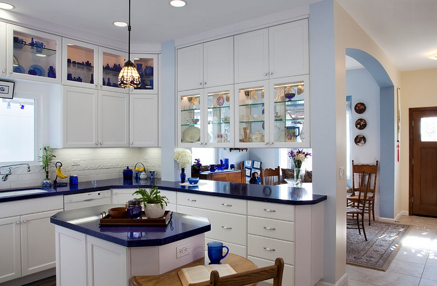 24 tiny island ideas for the smart modern kitchen - Breakfast nooks for small kitchens ...