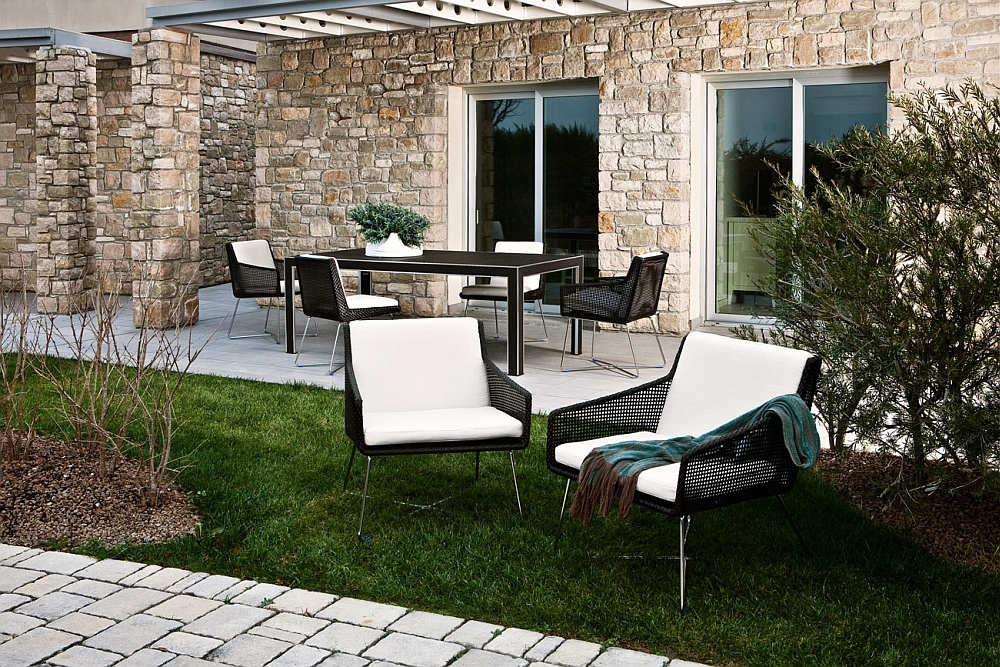 Weather resistant cushions make the Avalon collection perfect for the outdoors