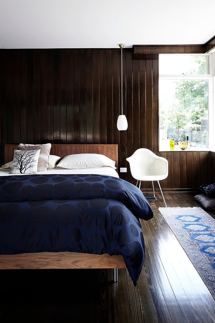 A simple way to bring in the blues – Cozy bedding for the chilly days ahead!