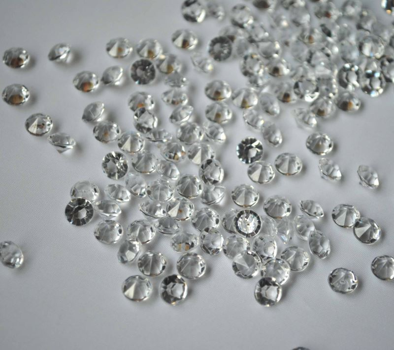 Acrylic diamond wedding table confetti
