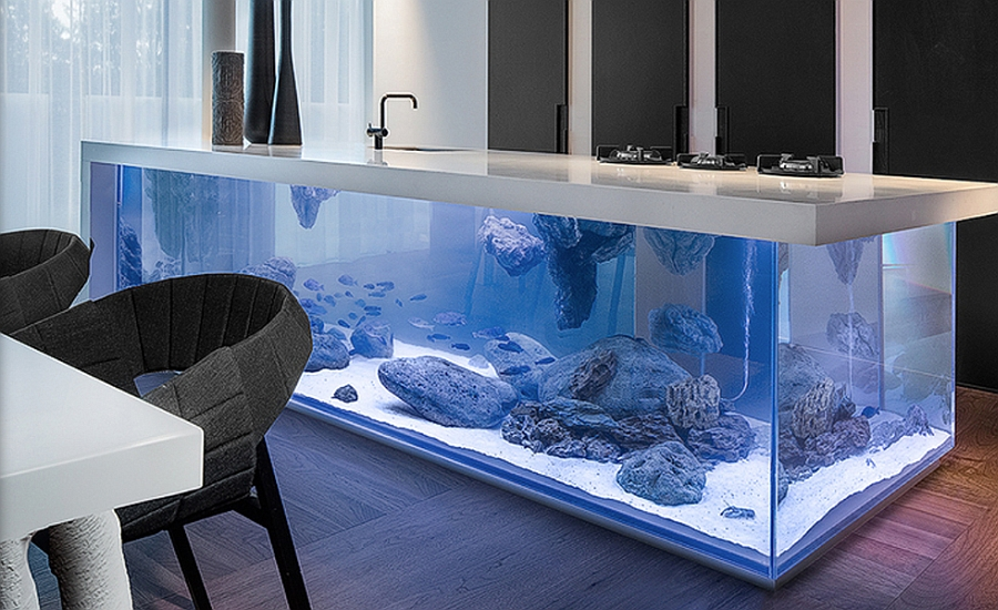 Aquarium Kitchen Island brings in the wow factor
