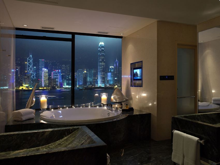 Romantic Hotel In London With Jacuzzi
