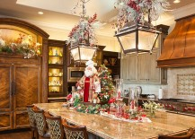 Beautiful Christmas kitchen decorating idea