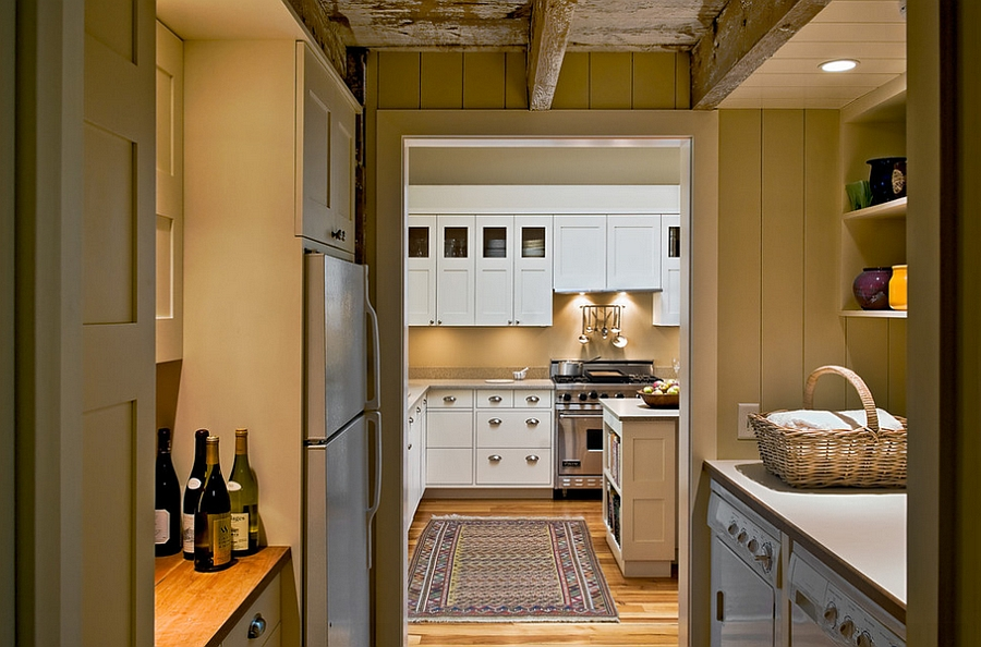 Beautiful combination of pantry and laundry saves up space!
