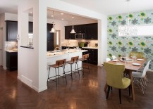 Beautiful-kichen-allows-for-easy-interaction-with-the-dining-space-217x155