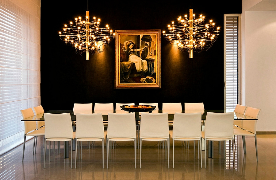 Black and gold backdrop for the dining space [Photography: Moshi Gitelis]