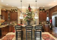 Bring the Christmas tree into the kitchen