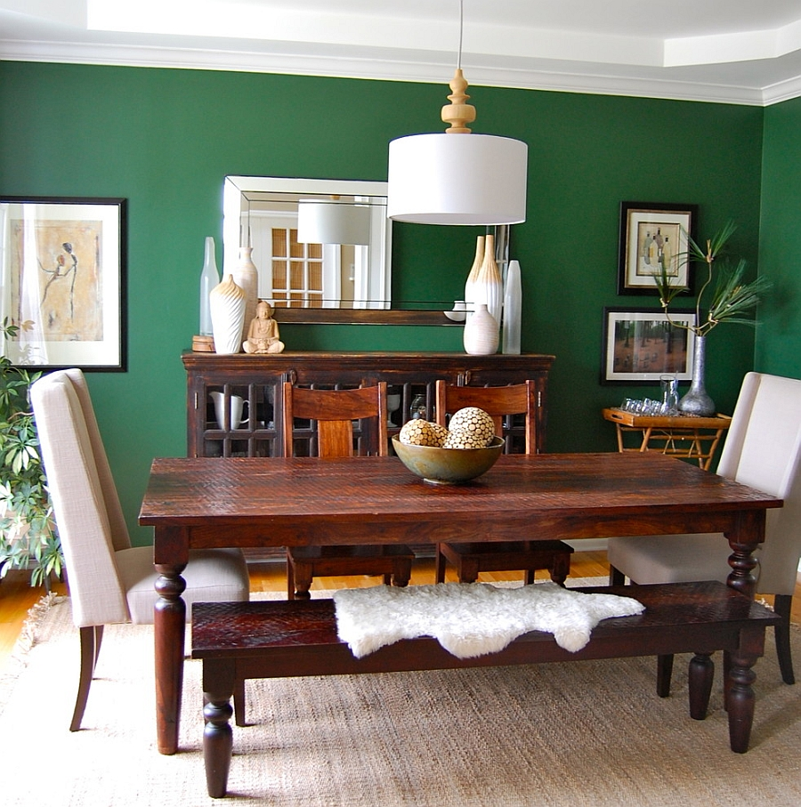 Contemporary dining room with a splash of Emerald Green [Design: Shine Design]
