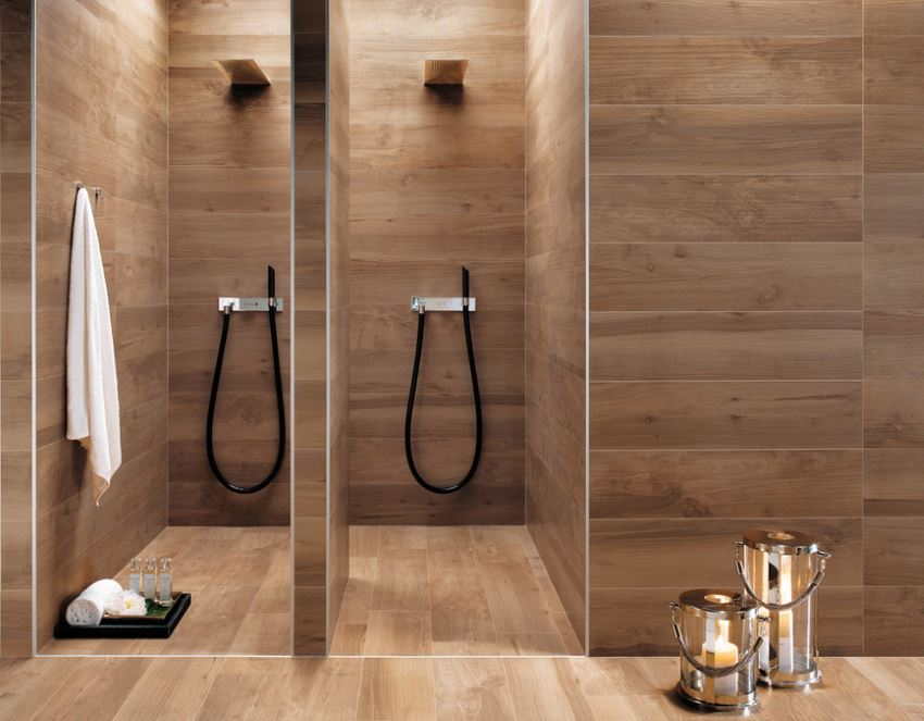 Cozy bathroom with wooden paneling