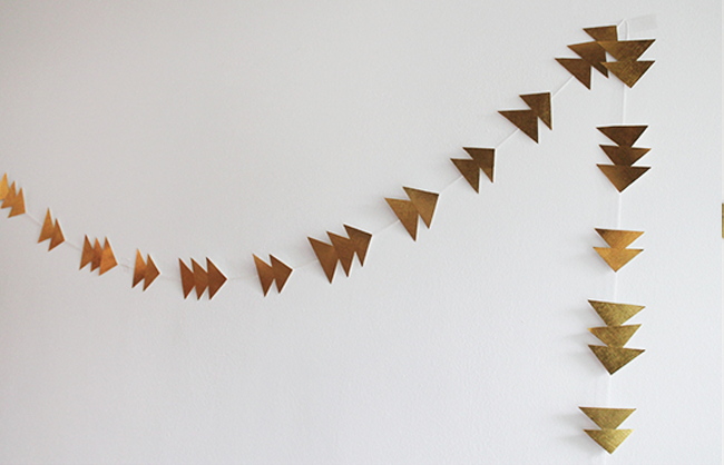 DIY Gold Garland