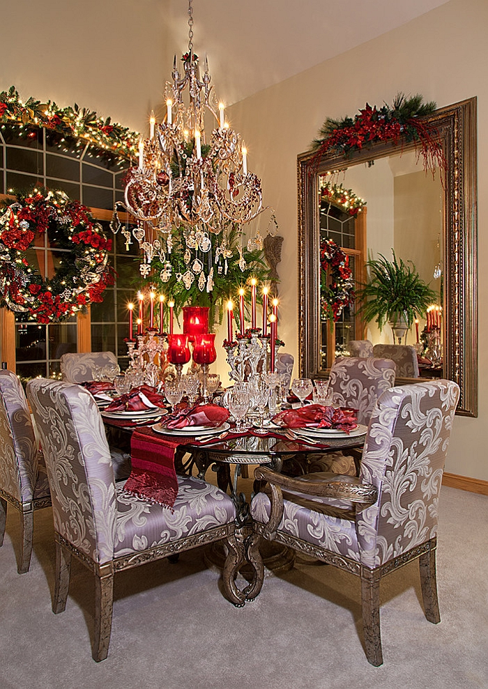 21 christmas dining room decorating ideas with festive flair for Images of decorated dining rooms