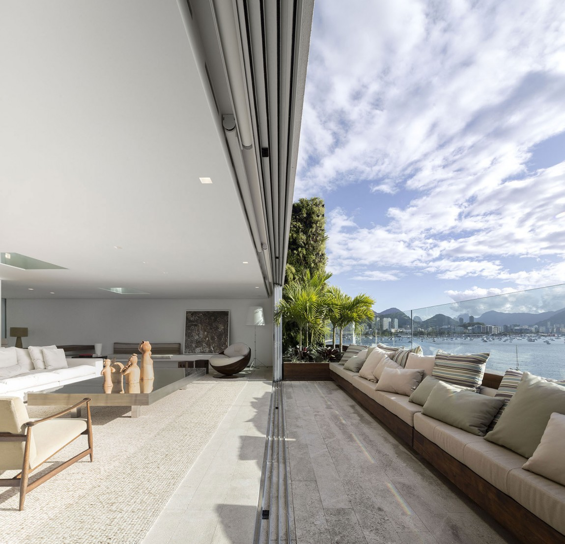 Deck of the minimalist house in Rio with ocean views