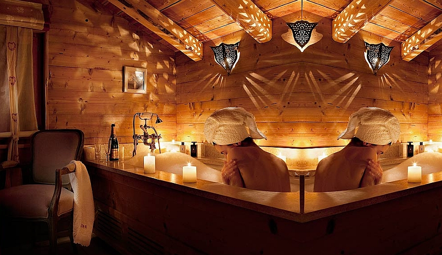 Drape yourself in luxury at Chalet Bear!