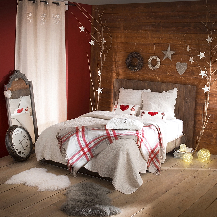 View In Gallery Gorgeous Christmas Bedroom Decor Idea With Rustic Beauty  [From: Uratex]