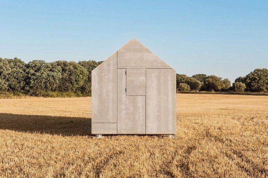 Grey cement-board panels offer perfect insulation
