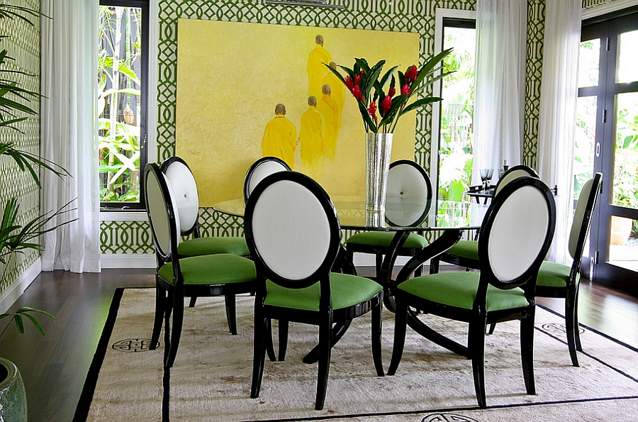 View In Gallery Imperial Trellis Wallpaper In Green Brings The Walls Alive  [Design: Design Intervention]
