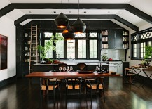 Lovely-kitchen-becomes-a-natural-extension-of-the-living-and-dining-space-217x155