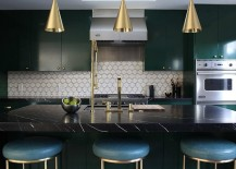 Midcentury kitchen with a touch of golden charm!