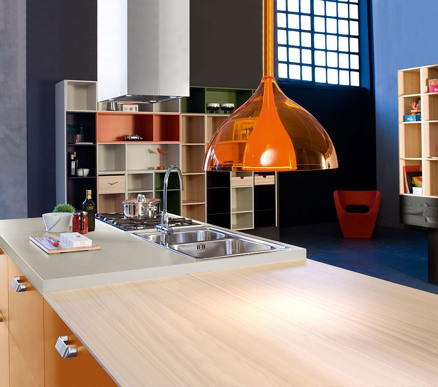 Open kitchen units also act as wonderful displays in the backdrop