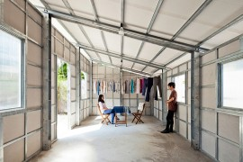 Prefab Tiny House with Steel Lattice Structure, Assembles in 3 Hours