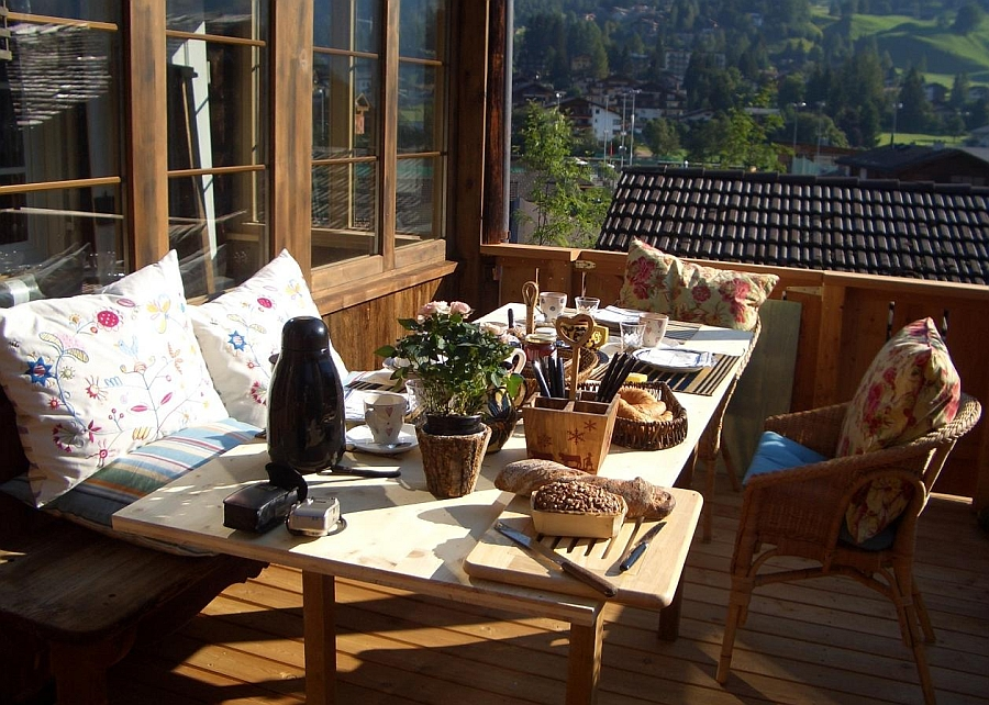 Private balcony overlooking the lovely alps