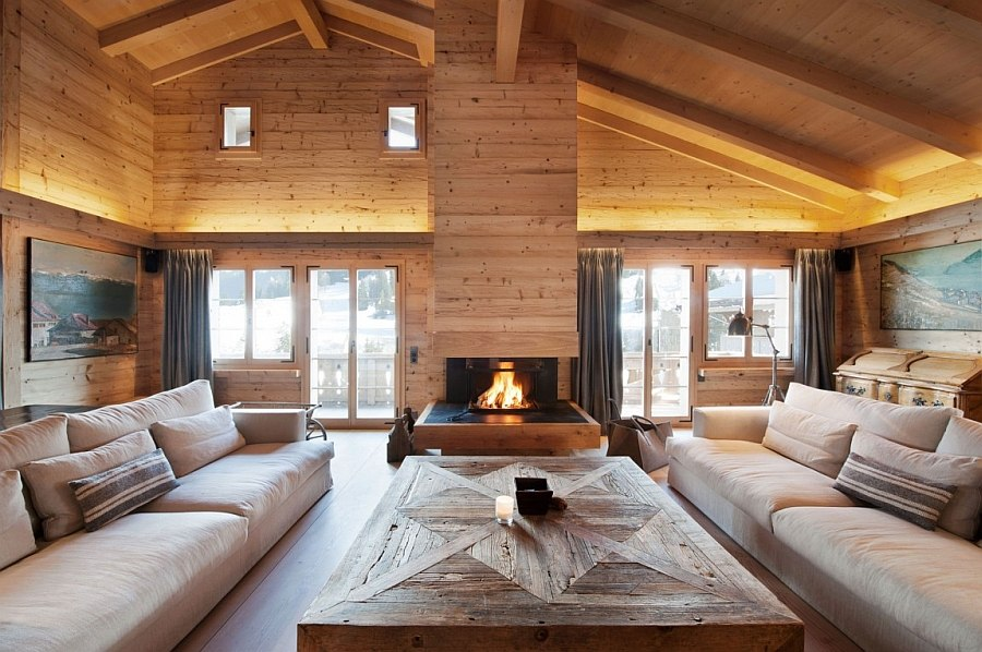 Pure and clean lines shape the interior of the chalet