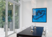 Sliding-glass-doors-and-pops-of-blue-for-the-dining-room-217x155