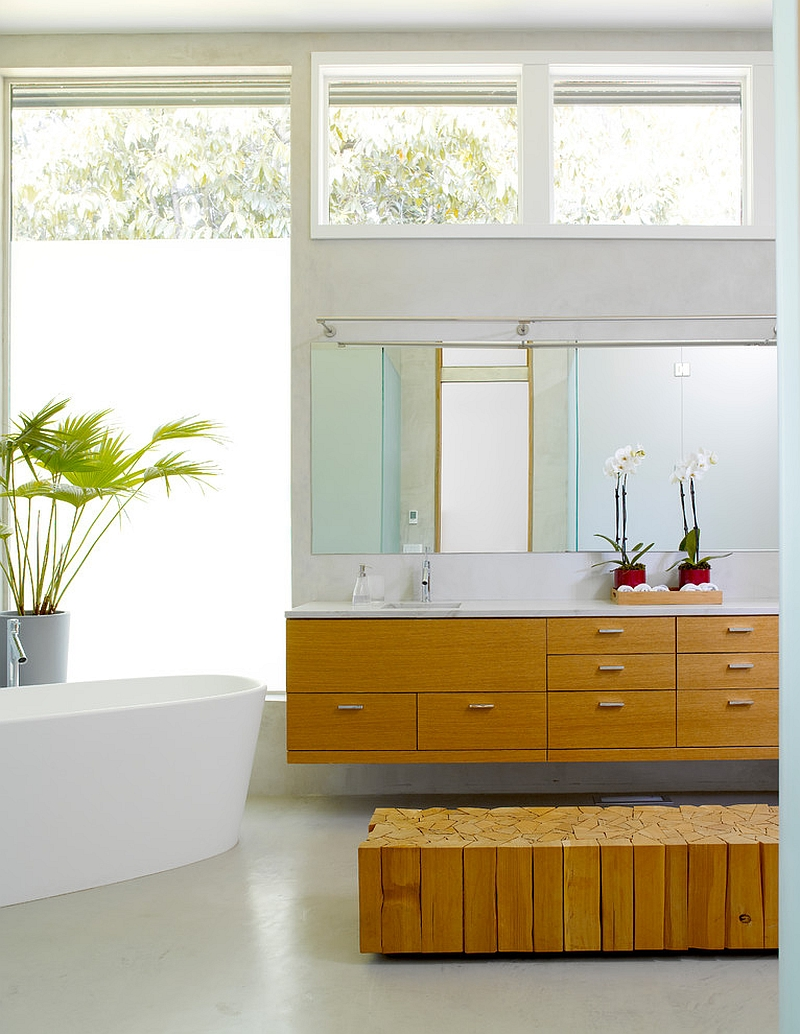 Smart blend of natural and artificial light in the stylish bathroom