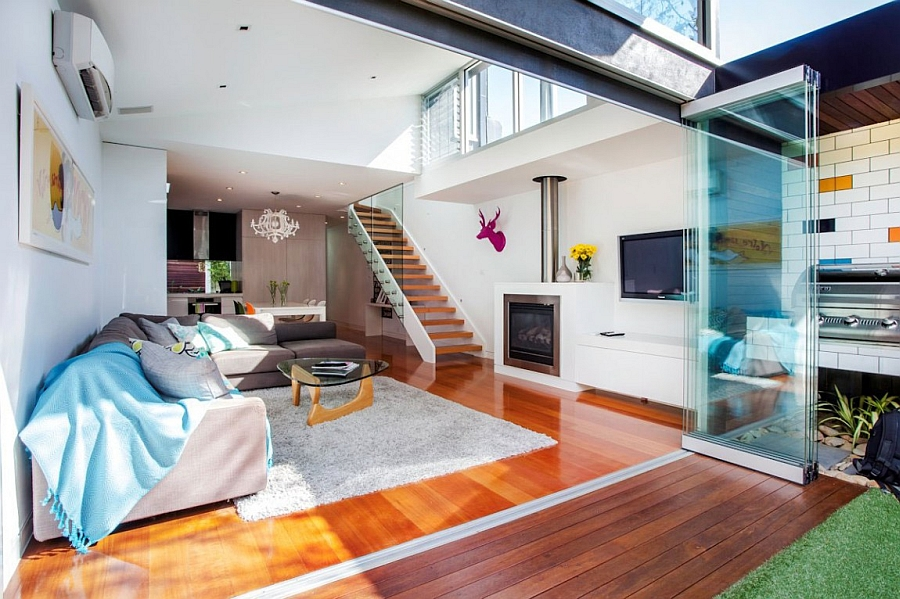 Sparkling glass exension to the classic Aussie home