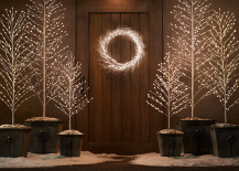 8 pared down christmas decor ideas for minimalist homes - Minimalist Christmas Decor