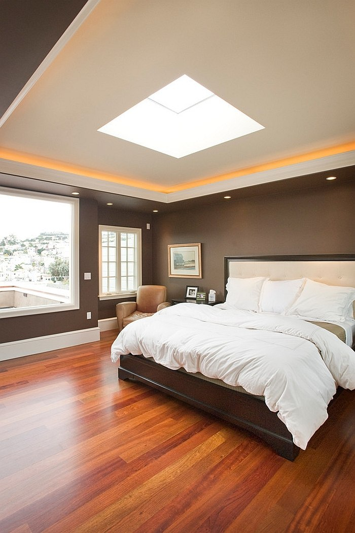 Transitional bedroom with wonderful blend of natural and artificial lighting [Design: Gelling & Judd]