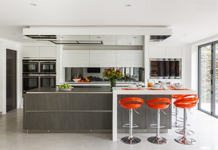 Hot kitchen design trends set to sizzle in 2015 for Small kitchen designs 2015
