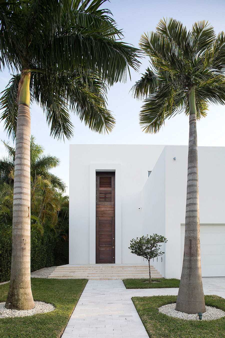 Unique entrance of the Biscayne bay Residence