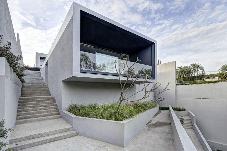 Unique entry to the lavish private home in Mexico