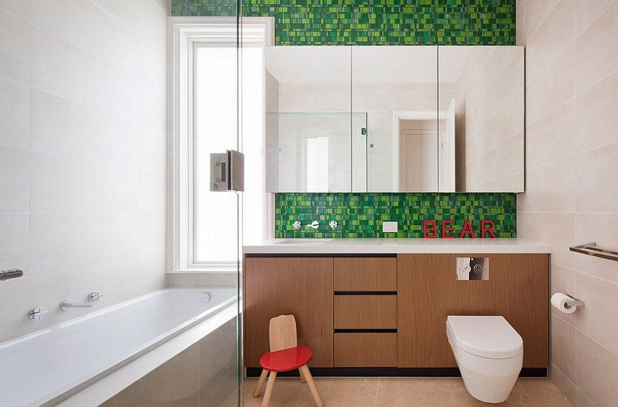 A touch of red along with green in the bathroom [Design: Chan Architecture]