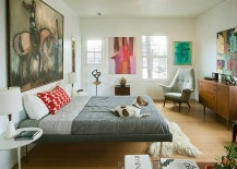 Abstract-art-gives-the-midcentury-bedroom-a-modern-flavor-217x155