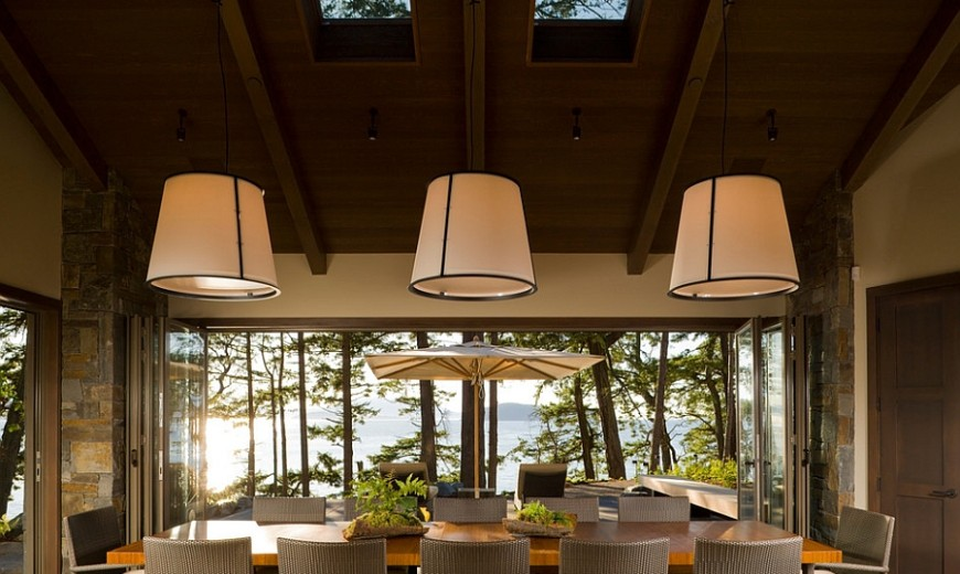 27 Ingenious Dining Rooms That Tap into the Brilliance of Skylights!