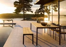 Classy-2015-outdoor-decor-collection-adds-sleek-style-to-the-pool-deck-217x155