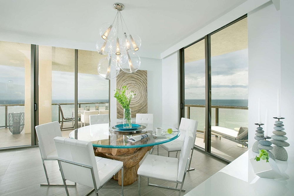 Coastal color scheme gives the dining space a refreshing, cool vibe