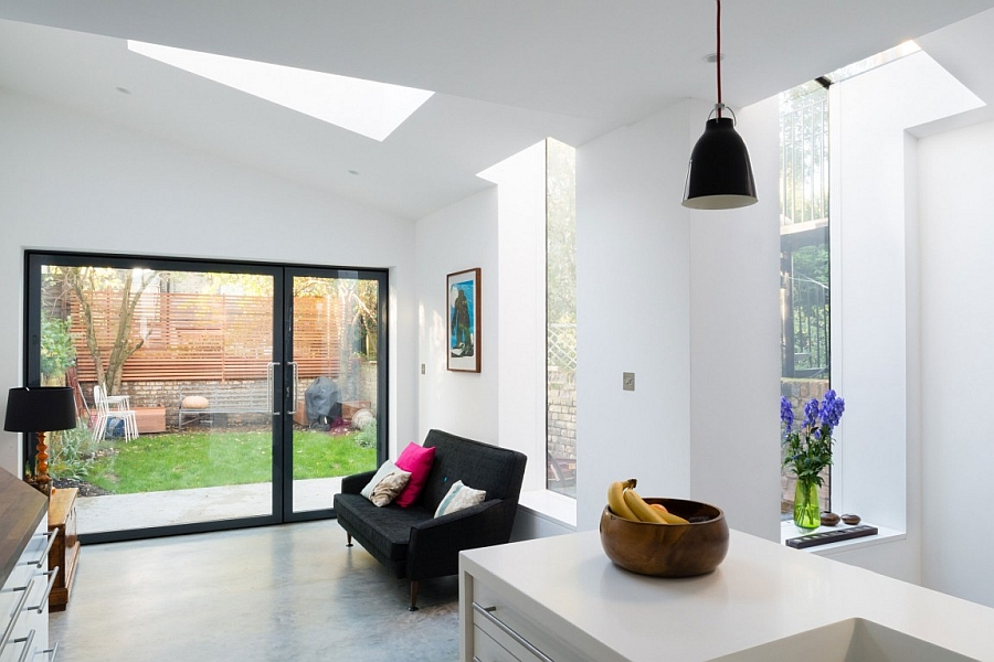 Contemporary extension brings in ample natural light