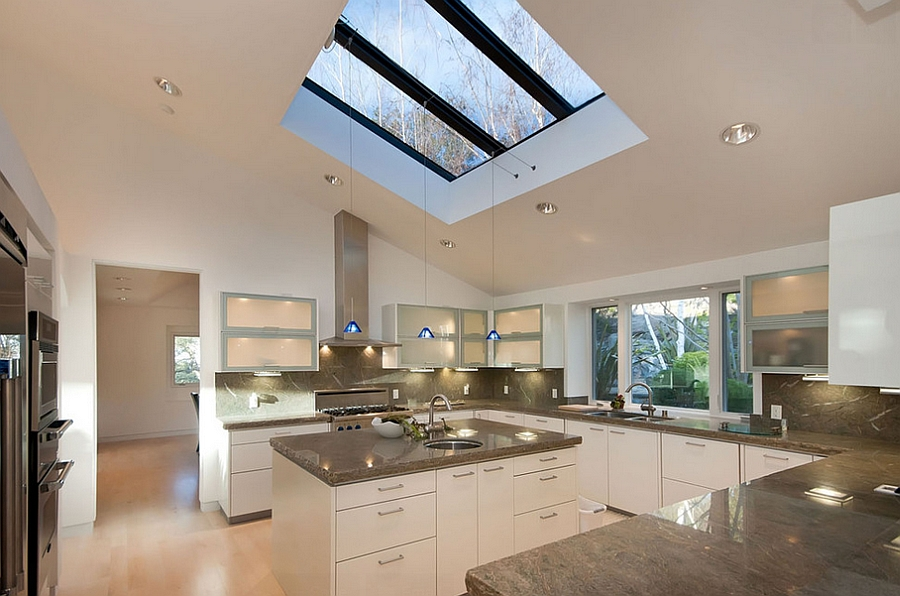 25 captivating ideas for kitchens with skylights Modern kitchen pendant lighting ideas