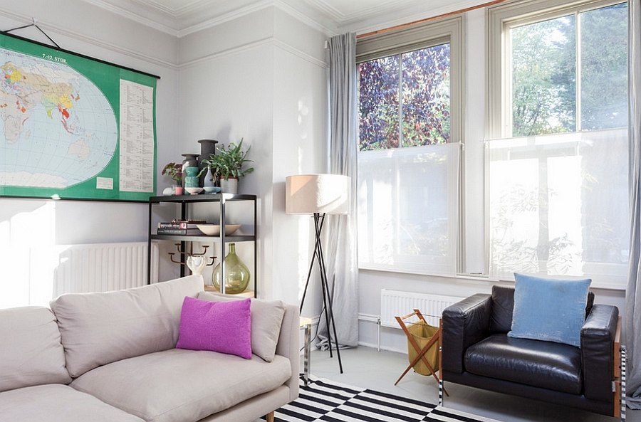 Elegant use of the tripod floor lamp in the small living room