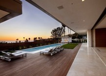 Exclusive-contemporary-beach-house-with-views-of-the-Pacific-Ocean-217x155