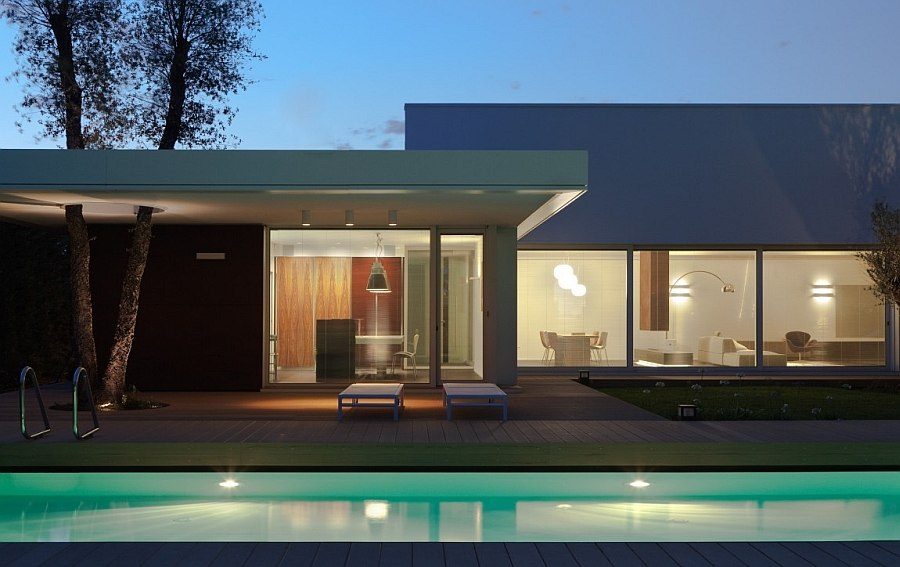 View In Gallery Expansive Deck And Pool Area Of The Lovely Contemporary Italian Home