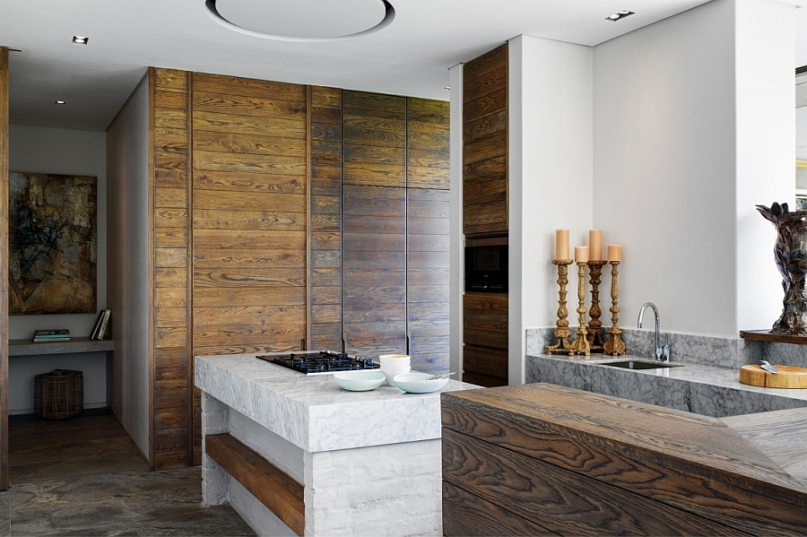 Exquisite kitchen brings together a wide variety of natural textures