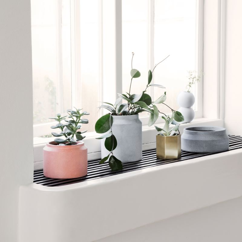 Frost-proof pots from Ferm Living