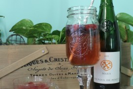 DIY: How to Make Your Own Mason Jar Wine Glasses