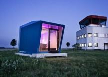 Hypercubus - prefab hotel design