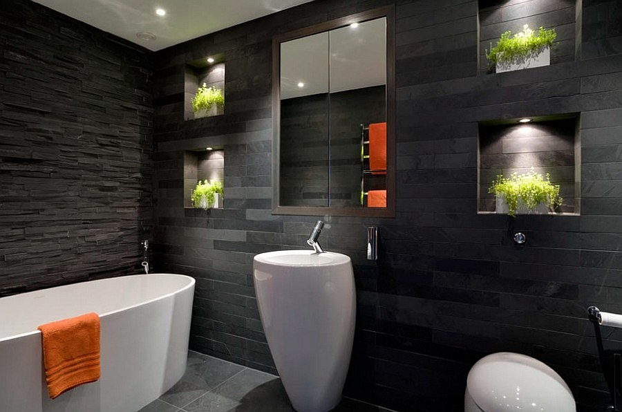 Illuminated nooks for natural greenery in the dark bathroom 20 Exquisite Bathrooms That Unleash the Beauty of Black